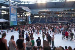 A view of the main stage at 96.5 The Buzz Beachball 2011.