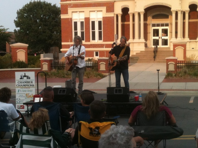 Bob Walkenhorst and Jeff Porter perform live in the street of Maryville, MO in front of the courthouse on 8/16/12.