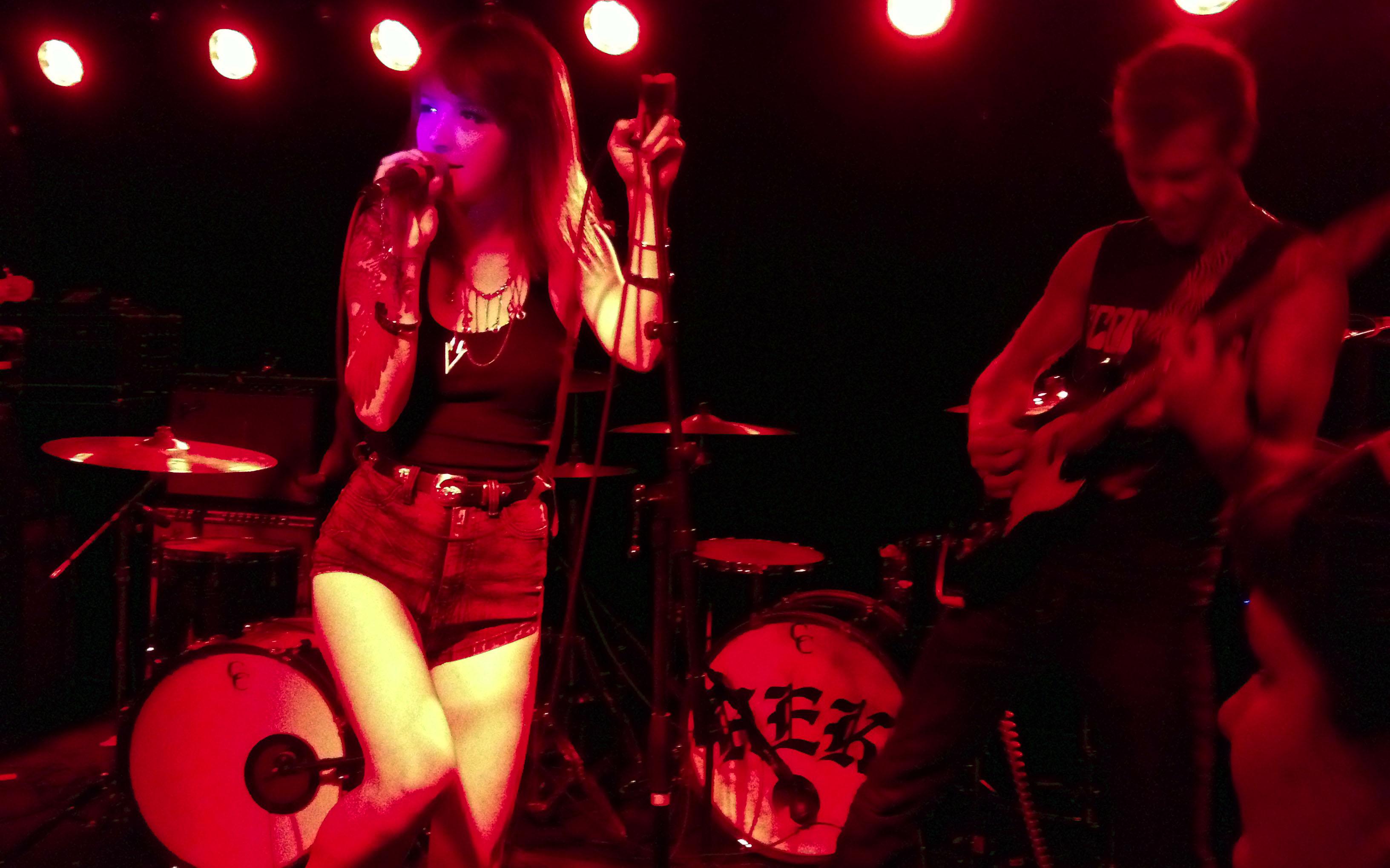 Concert Review: Hanni El Khatib at The Riot Room in Kansas City ...