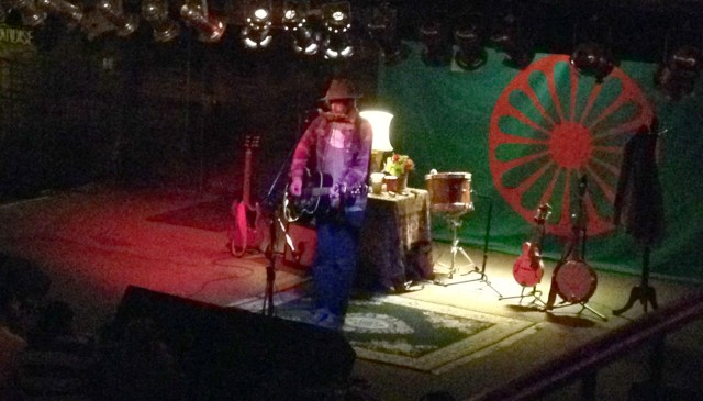 Todd Snider plays through the rain and cold outside at Knuckleheads in Kansas City, Missouri on 10/16/13.